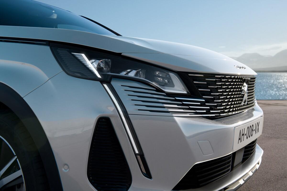 Nuova Peugeot 3008 in anteprima nazionale al MIMO