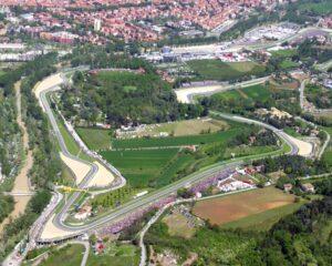 GP Emilia Romagna: gli orari del weekend in TV. In chiaro su TV8