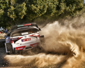 WRC: Ogier sul podio in Sardegna. Evans resta leader in classifica
