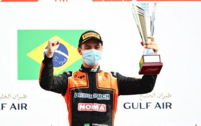 Bahrain F2: Drugovich vince la Feature Race. Ilott 2°. Mick Schumacher 4°