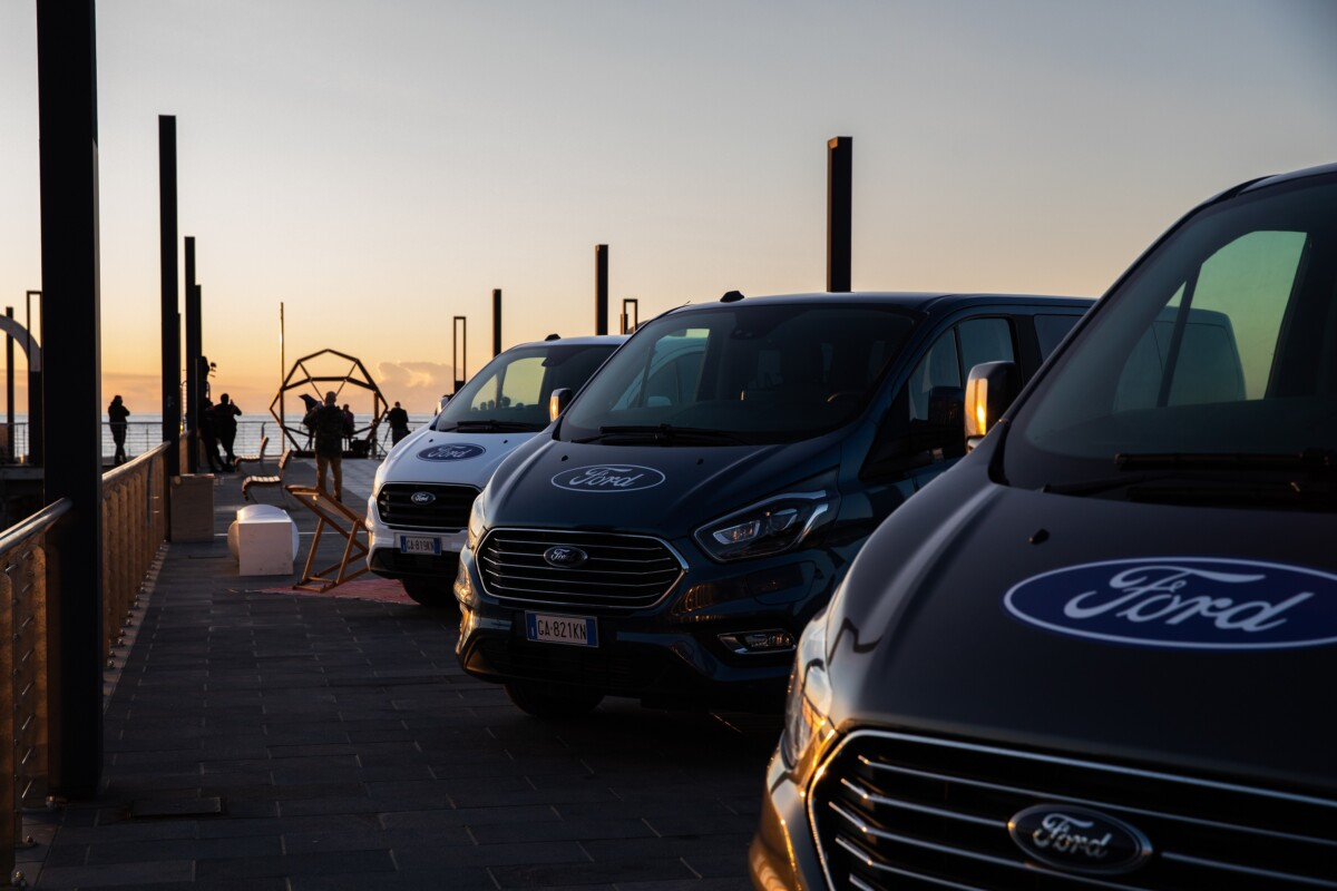 I veicoli commerciali Ford e Jazz:Re:Found insieme per Place to Be