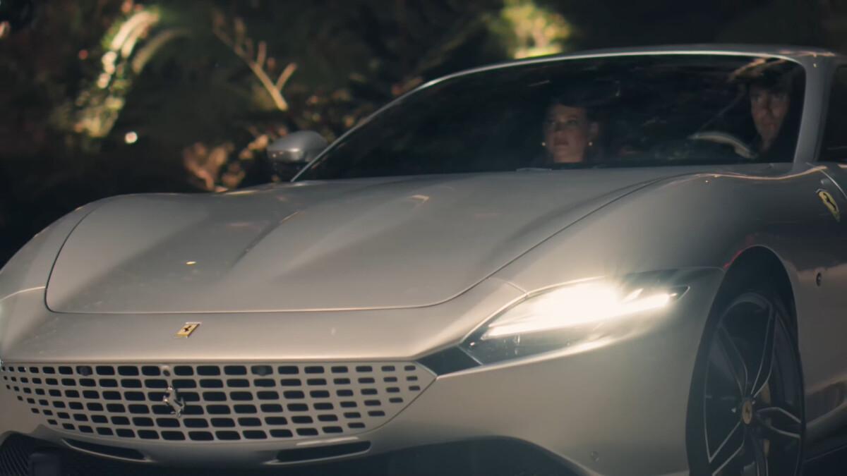 Una Ferrari Roma all'asta per Save the Children