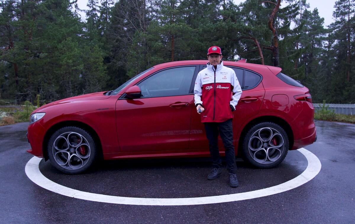 Kimi Raikkonen andrà a far la spesa con la Stelvio Veloce 2.0 Turbo
