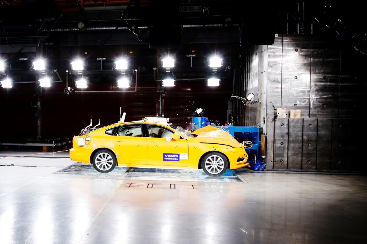 Il Centro per la Sicurezza di Volvo Cars compie 20 anni