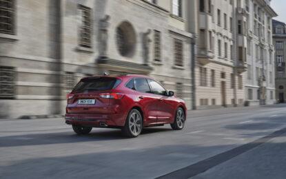 Kuga Hybrid completa la gamma del SUV Ford