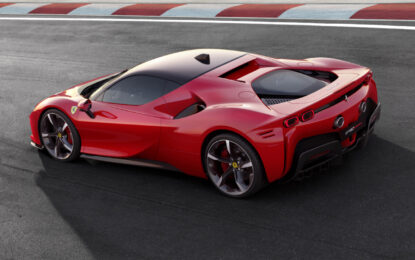 Due premi per la Ferrari 812 GTS e la SF90 Stradale