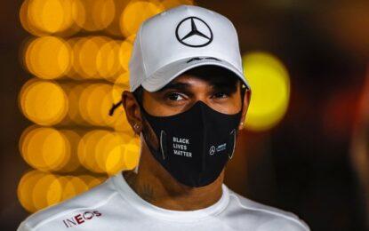 Test negativi e quarantena fatta, Hamilton torna in pista