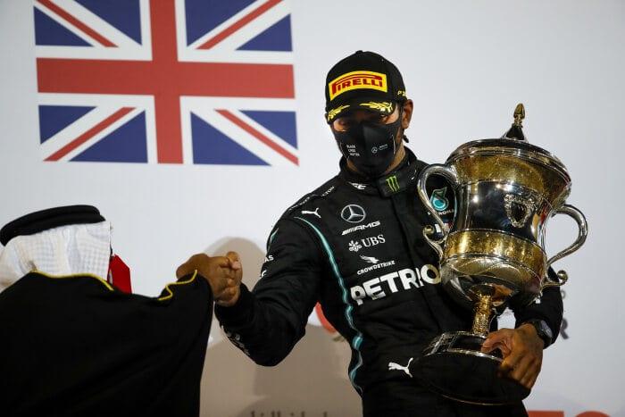 Lewis Hamilton positivo al Covid-19