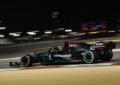 Russell sale sulla Mercedes e domina il venerdì di Sakhir