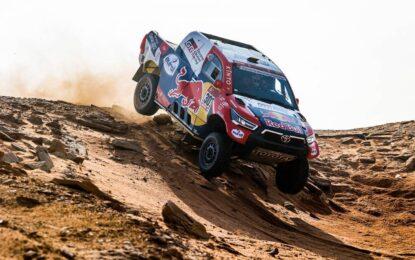 Dakar: Al Attiyah conquista la sua quarantesima tappa. Ritiro di Loeb