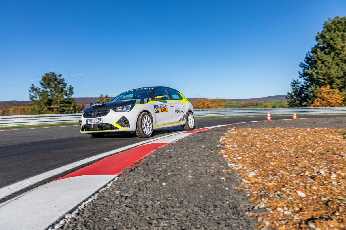 Opel Corsa-e Rally pronta per correre