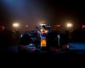 La Red Bull Racing mostra la RB16B