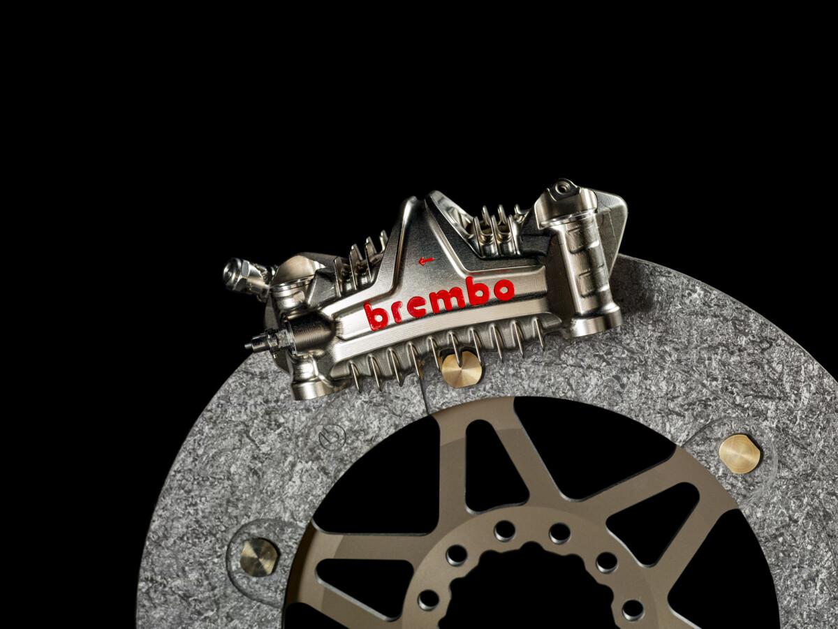 MotoGP 2021: le novità negli impianti frenanti Brembo per tutti i team