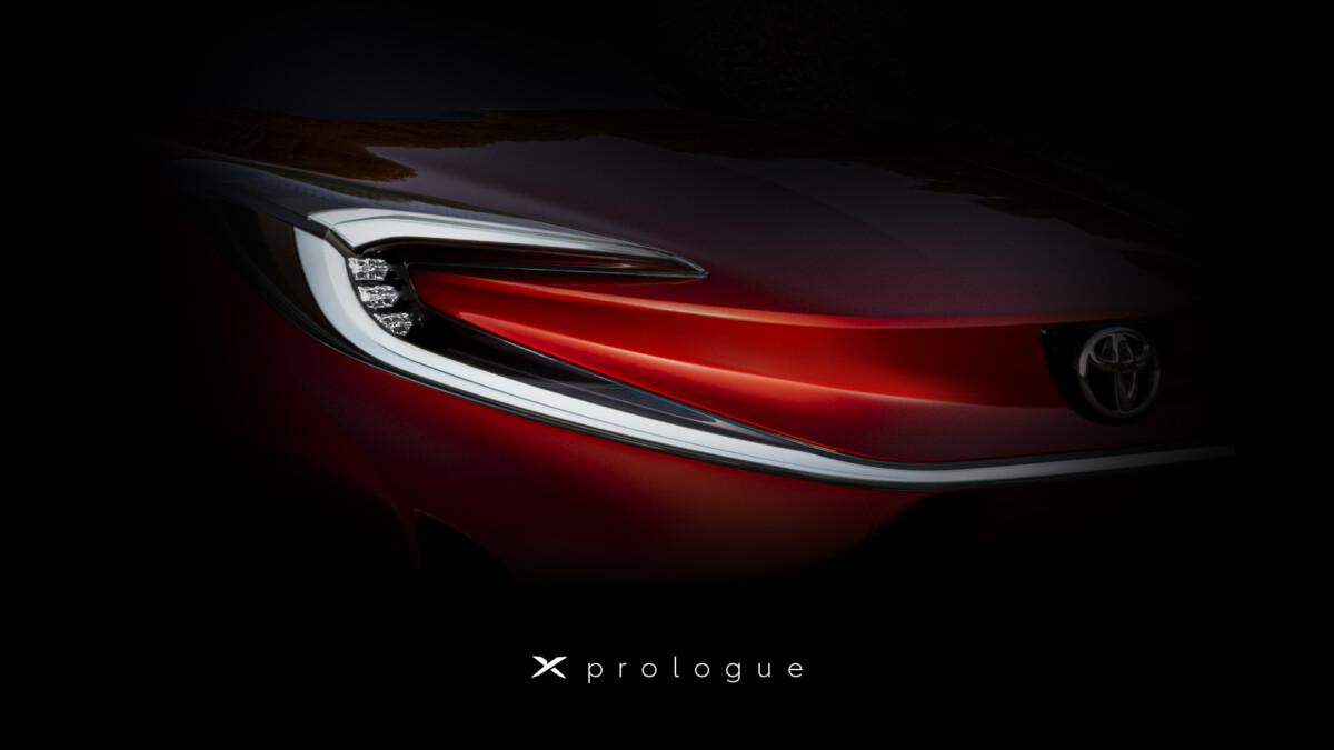 Il teaser del nuovo concept Toyota X-Prologue