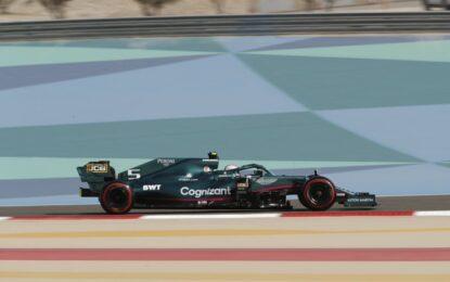 Bahrain: penalità per Vettel che partirà ultimo. La griglia di partenza ufficiale