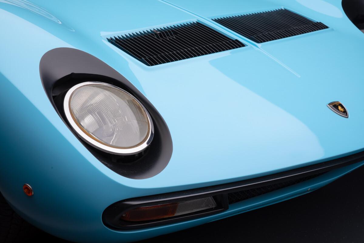 La Lamborghini Miura SV compie 50 anni