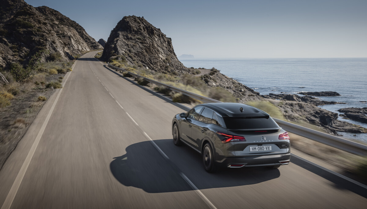 Citroën C5 X: viaggiare nella tecnologia e nella serenità