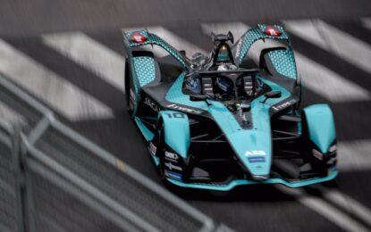 Jaguar Racing lascia Roma in testa a entrambe le classifiche