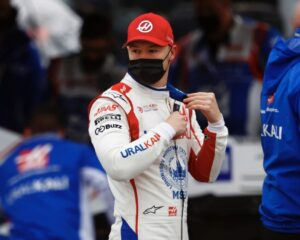 """Mazepin: """"In F1 ognuno per sé"""". E svela un retroscena sul simulatore"""