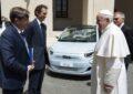 Stellantis presenta i suoi valori a Papa Francesco