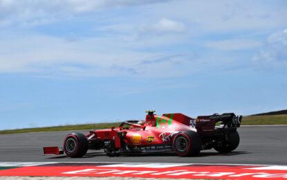 Terza e quarta fila per le Ferrari a Portimao. Ma gara apertissima