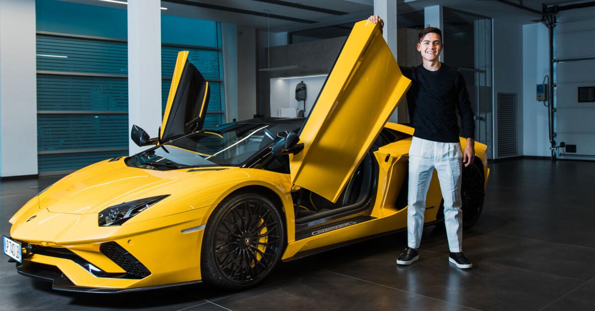 Paulo Dybala festeggia il 100° goal con una nuova Lamborghini
