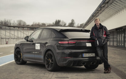 Walter Röhrl prova la nuova Porsche Cayenne