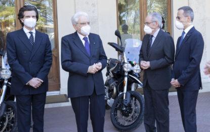 Presentate al presidente Mattarella le nuove Moto Guzzi V85 TT