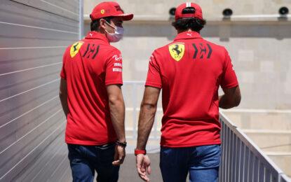 "Sainz e Leclerc: ""Qui a Baku torneremo a lottare sul filo dei millesimi"""