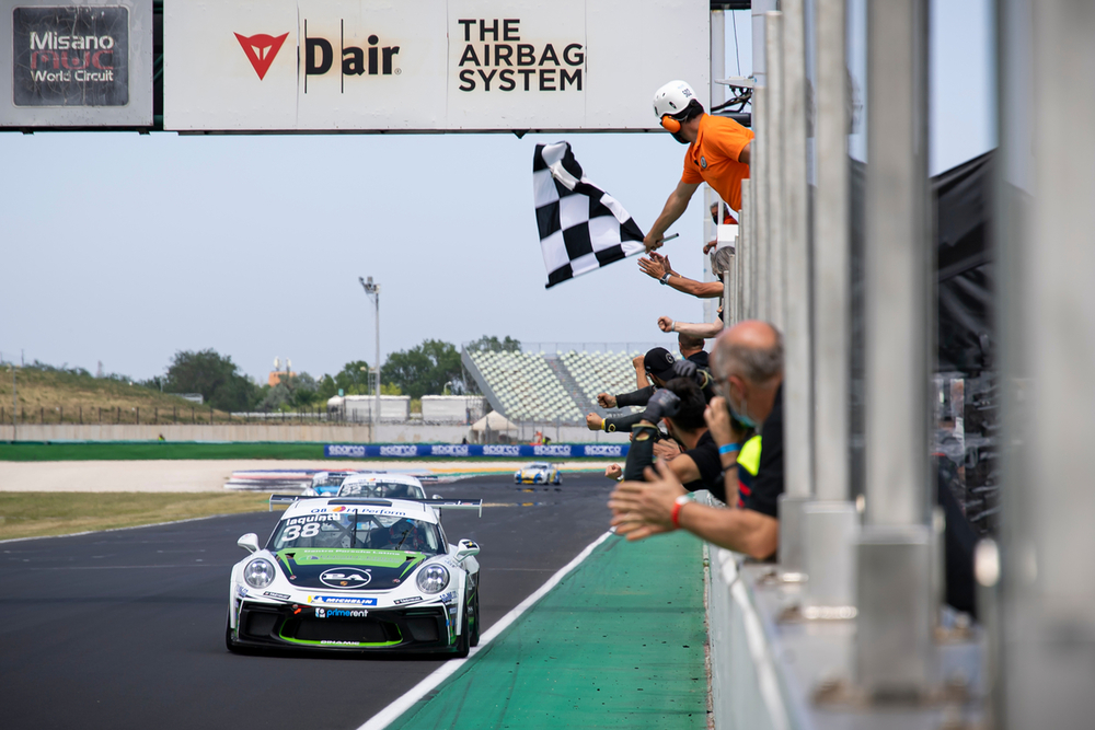Porsche Carrera Cup Italia: a Iaquinta Gara 2 a Misano