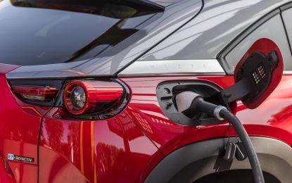 Auto elettriche: in Lombardia immatricolazioni triplicate in un anno