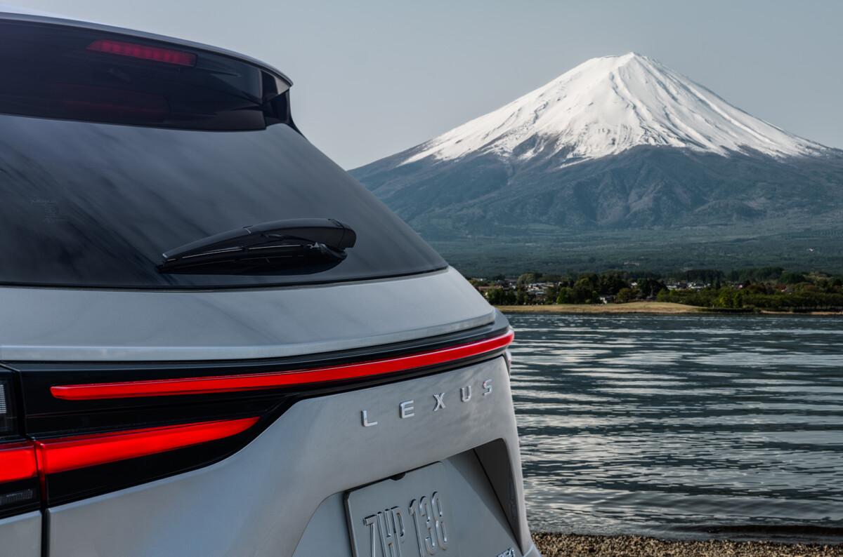 Nuovo Lexus NX: anteprima mondiale il 12 giugno