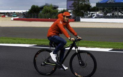 Leclerc smentisce le voci sulla Red Bull Racing