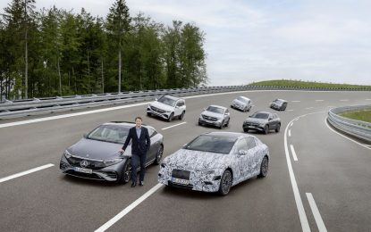Mercedes-Benz si prepara a diventare completamente elettrica